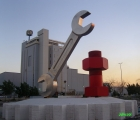 jeddah_gear_wrench_and_bolt_sculpture