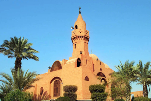 A masjid in red colour @ Corniche road