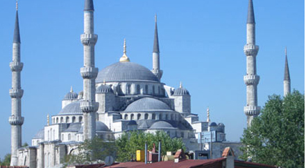 blue mosque istanbull Top 10 Most Beautiful Mosques In The World