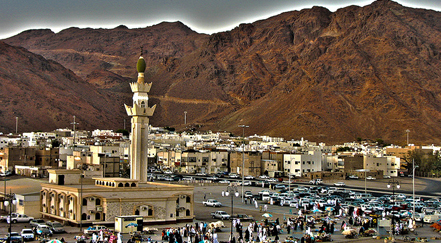 Mount Uhud in saudi arabia