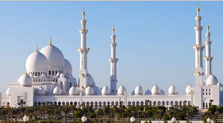 uae sheikh zayed mosque in abu dhabi Top 10 Most Beautiful Mosques In The World