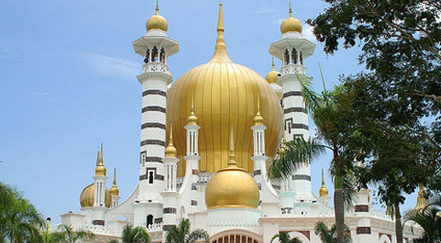 ubudiah mosque in kuala kangsar Top 10 Most Beautiful Mosques In The World