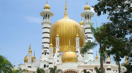 ubudiah mosque in kuala kangsar Top 10 Most Beautiful Mosques In The World